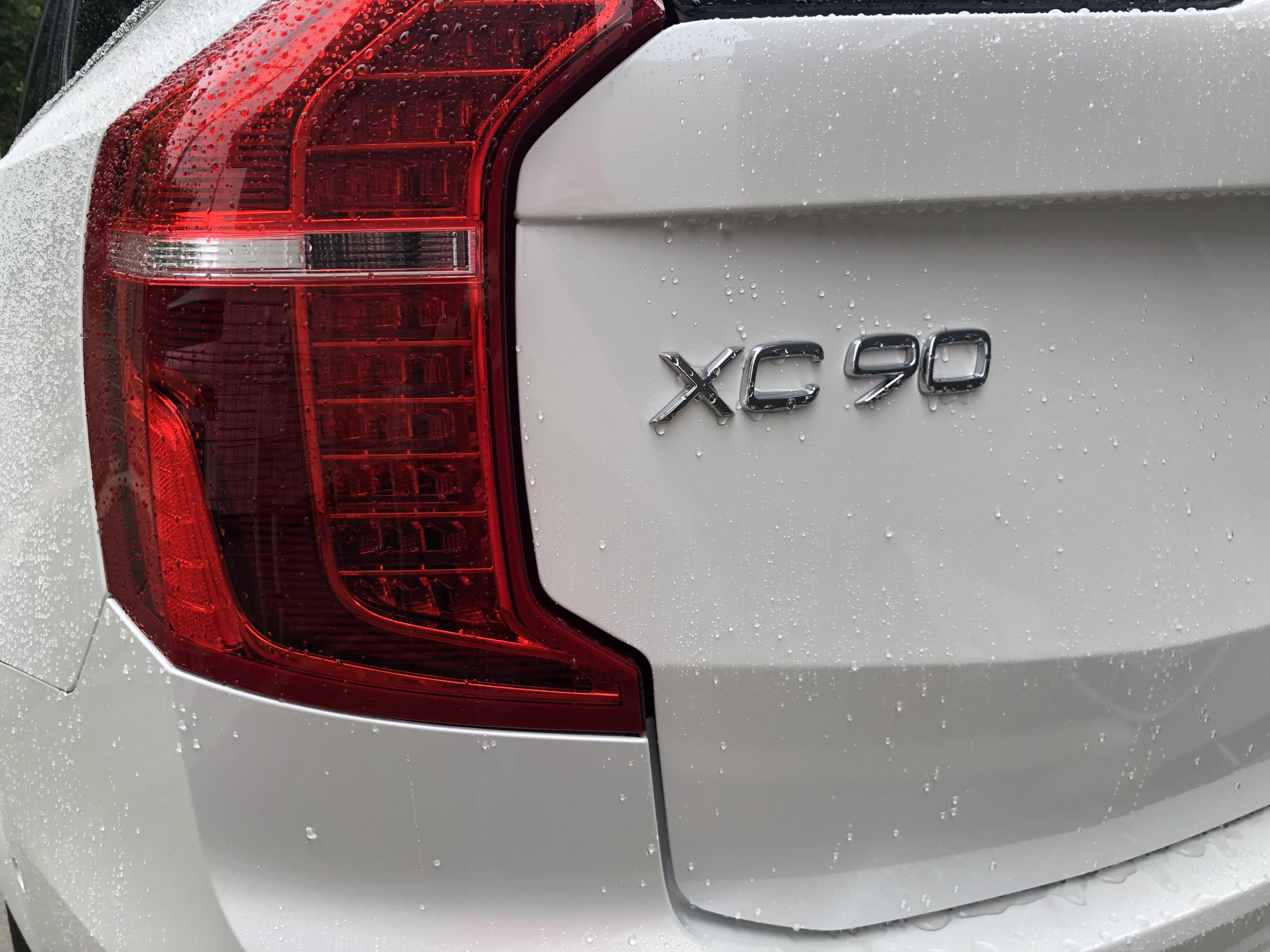 XC90のリアロゴの写真